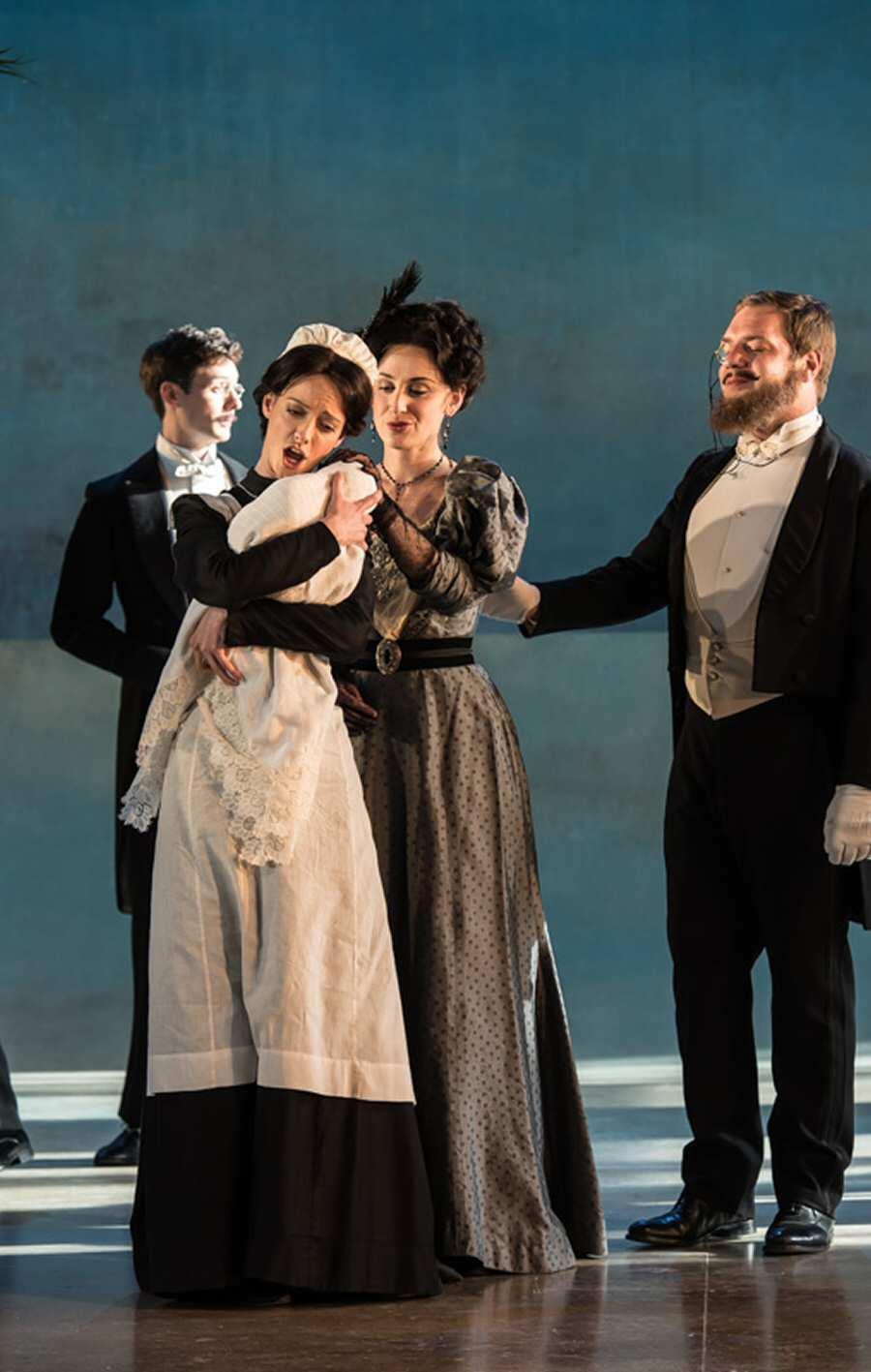 Russian Nanny in Garsington Opera's 2015 production of Death in Venice (photographer Clive Barda)